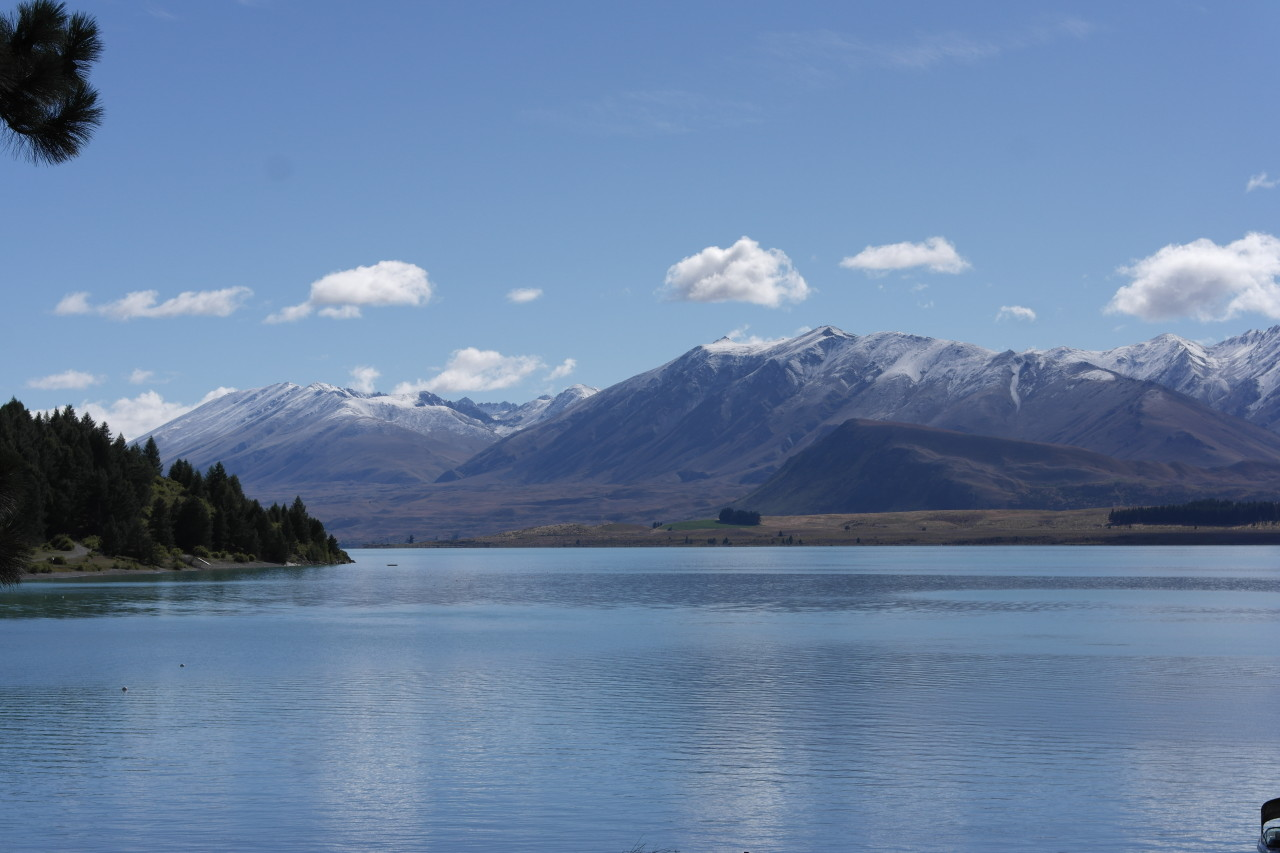 004 Tekapo Lake Snow From Village