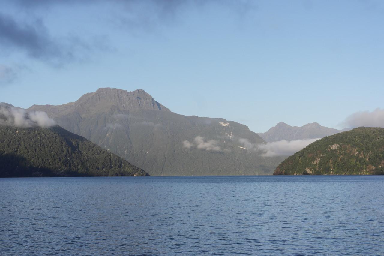 011 Doubtful Sound Manapouri Lake Mountains 1